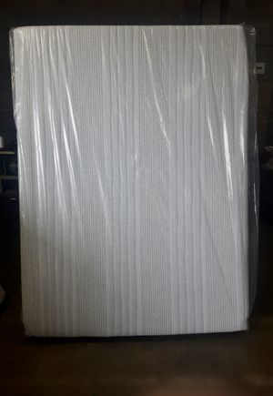 Queen size mattress, New, 14 inches thick, Gel Memory foam for Sale in Hacienda Heights, CA