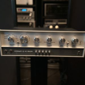 Crown Preamplifier In Excellent Condition for Sale in Barrington, IL
