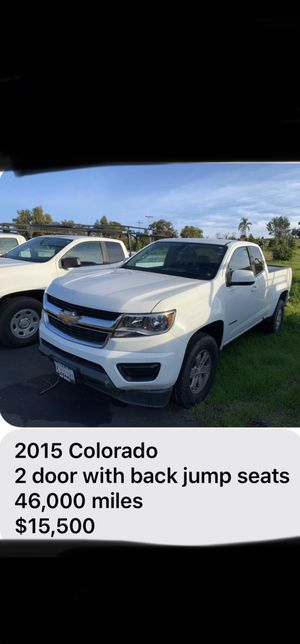 2015 Chevy Colorado 2 door with back jump seats 46,000 miles for Sale in Valley Center, CA