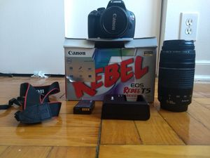 Canon Rebel T5 for Sale in Chicago, IL