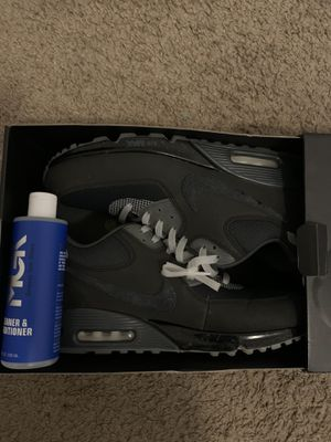 Undefeated Nike air max 90 for Sale in Swainsboro, GA