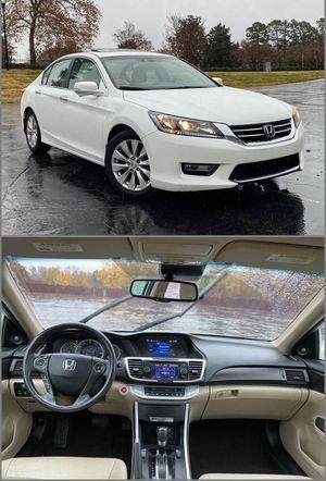 2013 Honda Accord EX-L - Low Price $1,400 for Sale in Columbus, GA