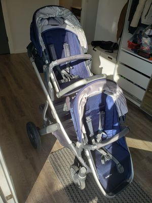 Upababy Vista stroller with second seat, bassinet, piggy board and bags for Sale in Tukwila, WA