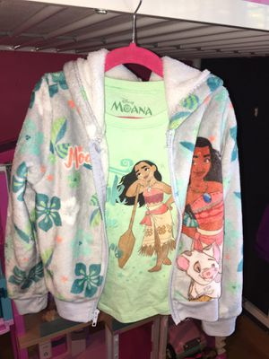 Girls Moana Sweater & T-Shirt for Sale in Los Angeles, CA