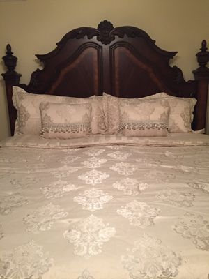 Waterford King size bedding for Sale in Normal, IL