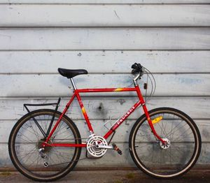 VINTAGE PEUGEOT TOURING BIKE for Sale in Bellevue, WA