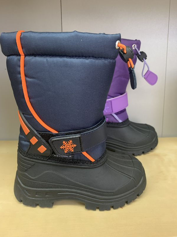 Snow boots for kids sizes 9, 10, 11 ,12, 13, 1, 2, 3 ,4