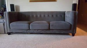 Nice Modern Grey couch -Delivery Available for Sale in Glenn Dale, MD