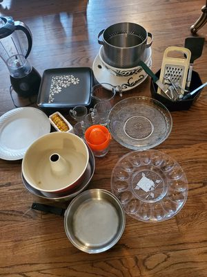 Kitchen stuff all for 60$ for Sale in Dearborn, MI
