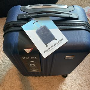 NEW Travelers Club 20 Inch Rolling Carry-On Suite case for Sale in Vancouver, WA