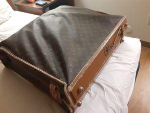 Vintage Louis Vuitton Garment Bag for Sale in Dallas, TX