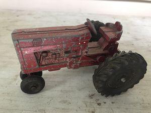 Oliver ERTL FARM TOY IH INTERNATIONAL HARVESTER TRACTOR USA VINTAGE Metal Toy for Sale in Portsmouth, VA