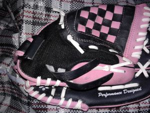 Rawlings PINK & BLACK BASEBALL GLOVE MODEL#ESBC5 for Sale in Baltimore, MD