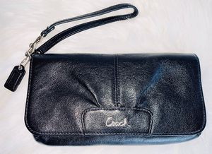 Authentic Coach Leather Ashley Clutch for Sale in Chandler, AZ