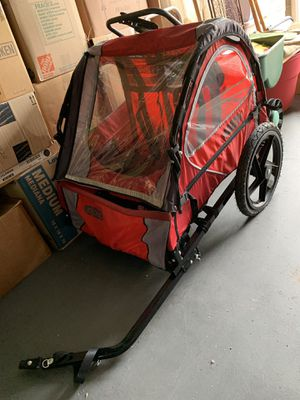 2-child Bike Trailer w/helmets for Sale in Roanoke, VA