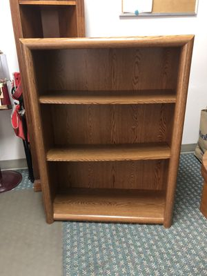 Strong bookshelf. for Sale in Gresham, OR