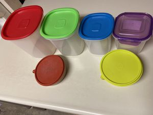 Move out sale - Plastic containers ( $2 for all ) for Sale in Sunnyvale, CA