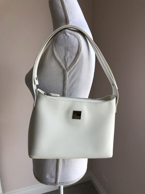 Dooney & Bourke White Hobo Tote Shoulder Bag Purse for Sale in Oakland, CA