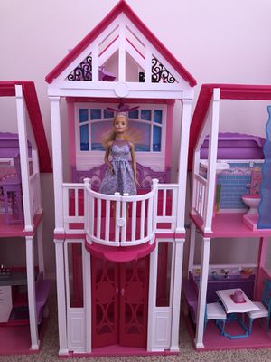 Barbie House for Sale in Charles Town, WV