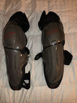 Alpinestars Knee Protector for Sale in Boca Raton, FL