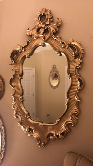 "56""X35""Huge Antique Baroque Style Wooden Full length Gold Mirror ""SERIOUS INQUIRIES AND BUYERS ONLY"" for Sale in Gainesville, VA"
