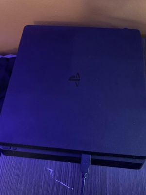 PS4 Slim 1TB + 4 Games for Sale in Lawndale, CA