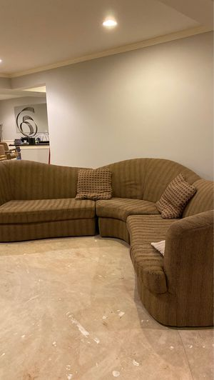 FREE Sectional sofa by Havertys for Sale in Frederick, MD