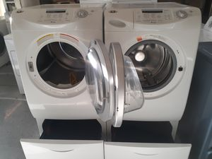 Maytag neptune washer& gas dryer for Sale in Las Vegas, NV