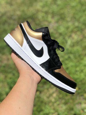 Jordan retro 1 low Gold toe size 10 for Sale in Hialeah, FL