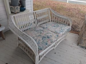 Vintage loveseat for Sale in Greensboro, NC