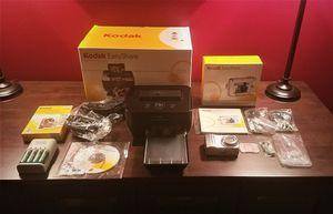 Kodak EasyShare Digital Camera and Printer Dock for Sale in Dallas, TX