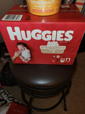 Diapers and Bathing set for Sale in Montpelier, MD