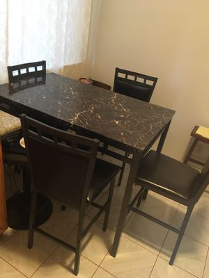 Kitchen table and 4 chairs for Sale in San Francisco, CA
