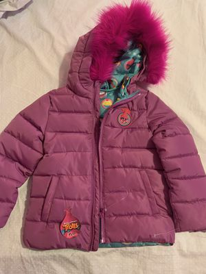 Girls 'Trolls' Coat, new, size 5 for Sale in Queens, NY