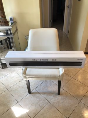 Bose SoundTouch 300 sound bar Bose subwoofer 700 NEW for Sale in The Bronx, NY
