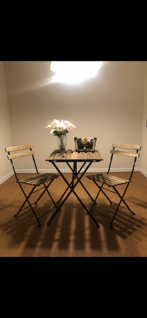 Table with chaires for Sale in Kent, OH