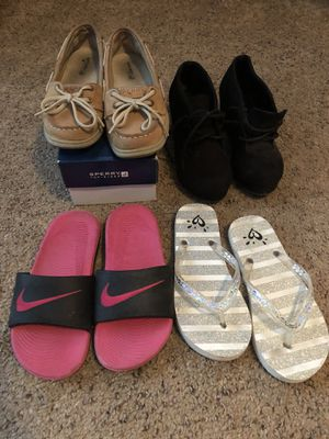 Girls size 1 Sperry/Nike/Justice/Soda shoes for Sale in Bloomington, IL