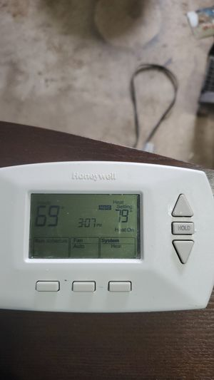 Honeywell thermostat for Sale in Milton, WA