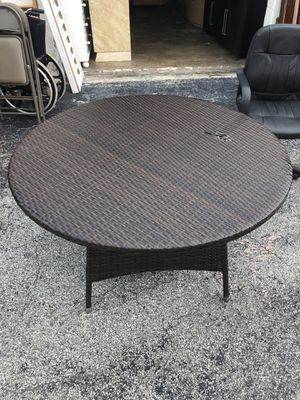 Table with chair for Sale in Hialeah, FL