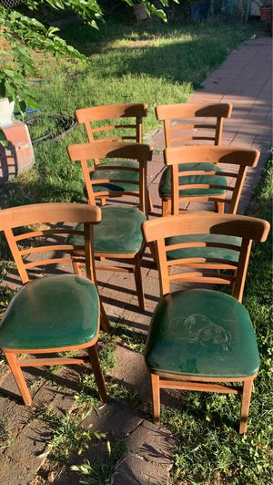 Free chairs for Sale in Lodi, CA