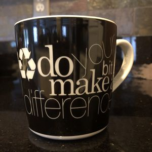 """6 Mugs - Curtis Stone Porcelain Mug """"Do Your Bit Make a Difference"""" Black for Sale in Irvine, CA"""