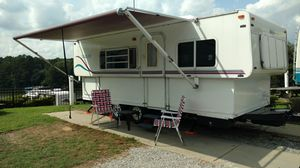 2000 High Low Tow Lite 23' Camper for Sale in Randleman, NC
