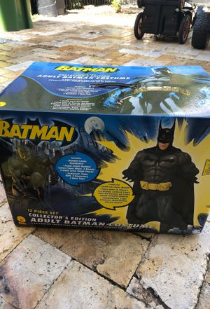 Adult Batman costume for Sale in Fort Lauderdale, FL