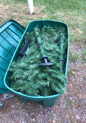 7 ft Christmas tree for Sale in Cloquet, MN