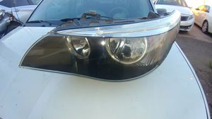 2004 to 2007 BMW 5 series drivers side headlight for Sale in Phoenix, AZ