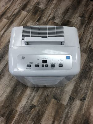 DEHUMIDIFIERS & AIR PURIFIERS for Sale in Grapevine, TX