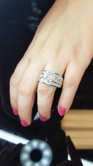 4.5 carat diamond engagement ring for Sale in Nashville, TN