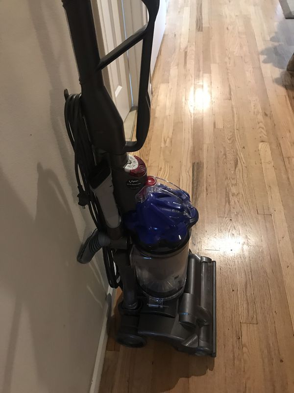 Dyson Dc 33 Air Muscle Vacuum Cleaner