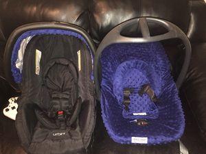 2 infant car seats for Sale in Abilene, TX