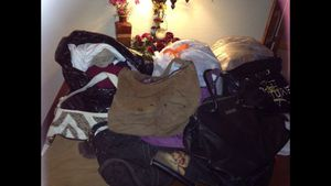 Free clothes for Sale in Tolleson, AZ